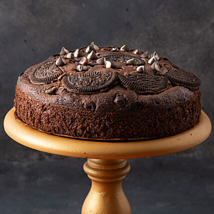 Oreo Chocolate Cake- 500 gms: New Year Special Cakes