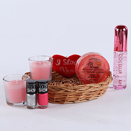 Choose Ur Style: Send Womens Day Gift Hampers