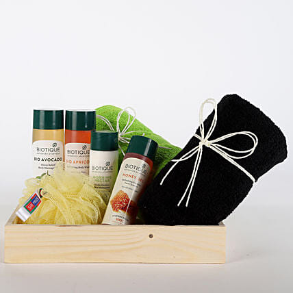 Luxurious Herbal Spa Hamper: Congratulations Gifts
