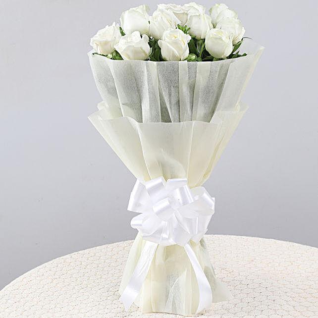 Elegant Pristine White Roses Bouquet: White Flowers