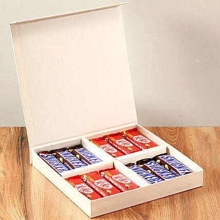 White FNP Gift Box Of Chocolates: Chocolate Gifts in India