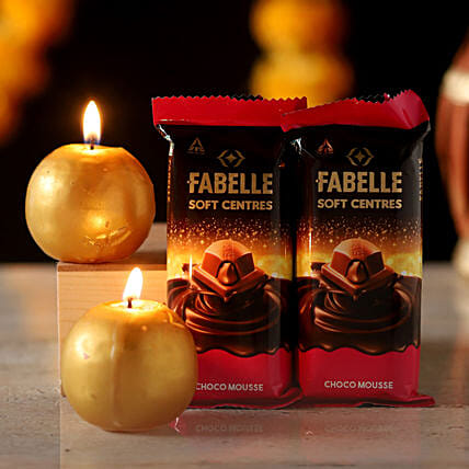 Fabelle Choco Mousse Candles Combo: Send Candles