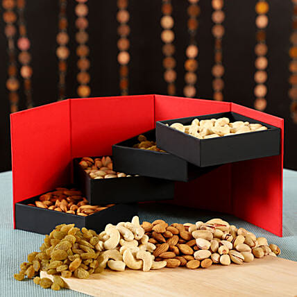 Dry Fruits Reloaded Box: Dry Fruits
