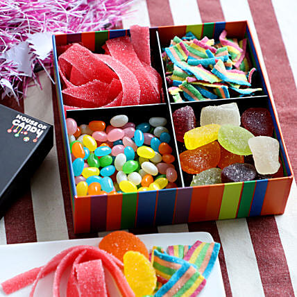 Sweet Candy Treats Box- 400 gms: Candies