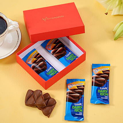 LuvIt Chocolaty Box: Hug Day Gifts