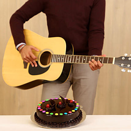 Truffle Cake Melodious Combo: Gifts N Guitarist Service