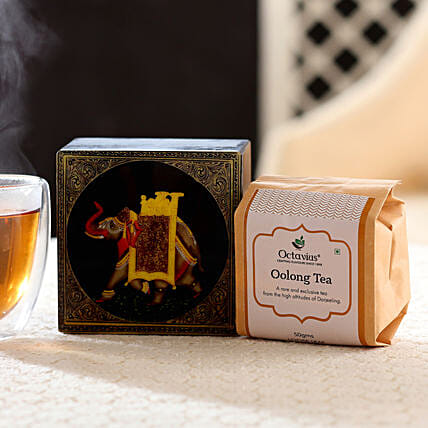 Darjeeling Oolong Whole Leaf Tea: Doctors Day Gift Hampers