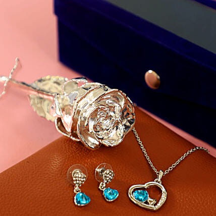 Silver Rose with Jewellery: Roses