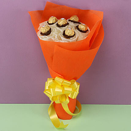 Ferrero Rocher Bouquet: Chocolate Day Gifts