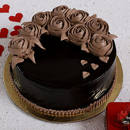 Chocolate Rose Designer Cake: Valentines Day Gifts