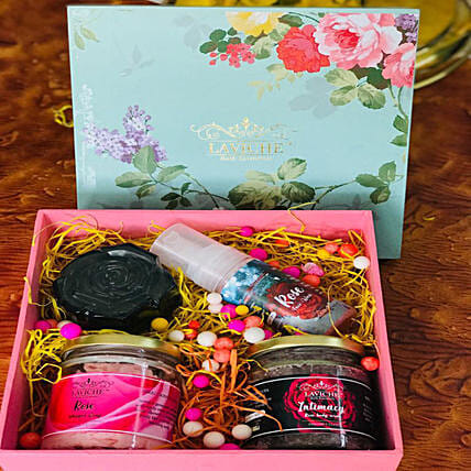 Rose Skin Care Box: Valentines Day Gifts