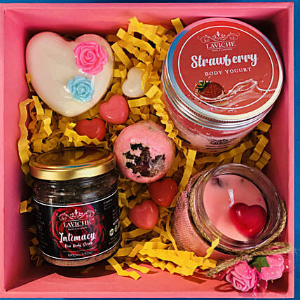 Beautifully Curated Valentine Box: Valentine Gifts