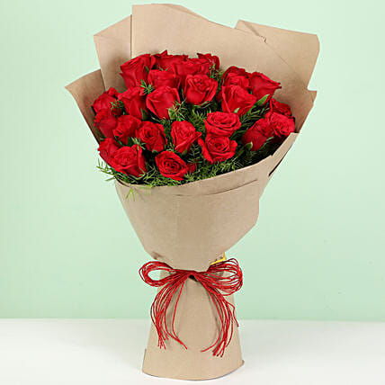 Beautiful 30 Red Roses Bouquet: Gifts for Hug Day