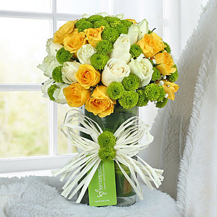 Yellow Rose Arrangement: Send Chrysanthemums
