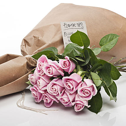 Market Fresh Pink Roses: Flower Delivery New Zealand
