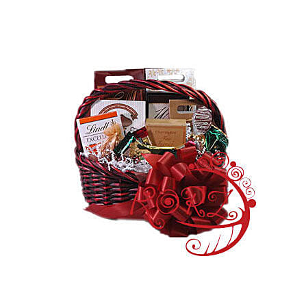 Sweet Memories: Gift Basket Delivery in Qatar