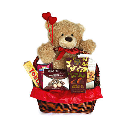 The Love Story: Gift Basket Delivery in Qatar