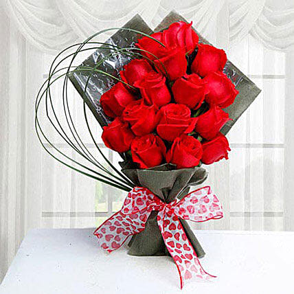 15 Red Roses: Send Flower Bouquet to Saudi Arabia