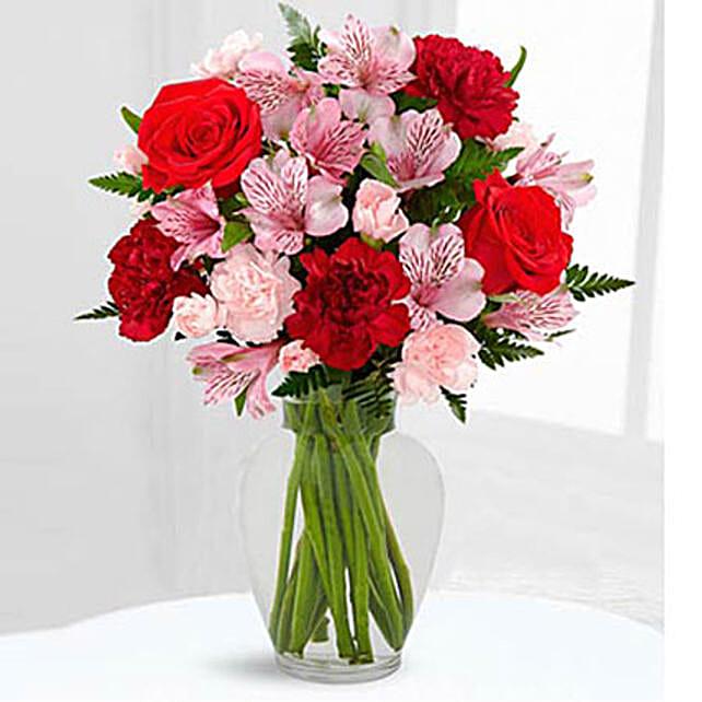 Love In Bloom Bouquet: Send Birthday Flowers to Saudi Arabia