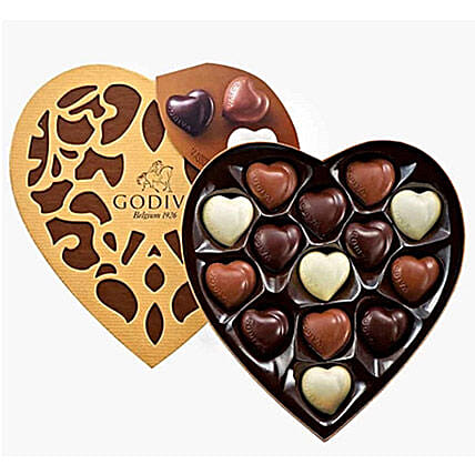 Heart Shaped Godiva Chocolates: Send Wedding Gifts to Saudi Arabia