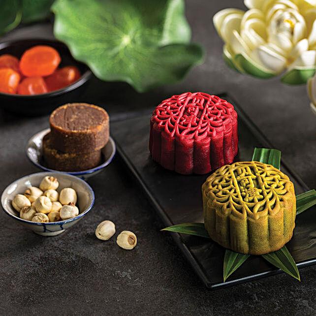 Set Of Pandan and Gula Melaka Egg Yolk Blend Mooncakes: Mooncake Delivery in Singapore