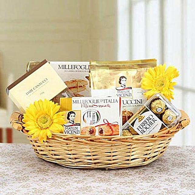 Flowery Attraction: Bhai Dooj Gift Delivery in UAE