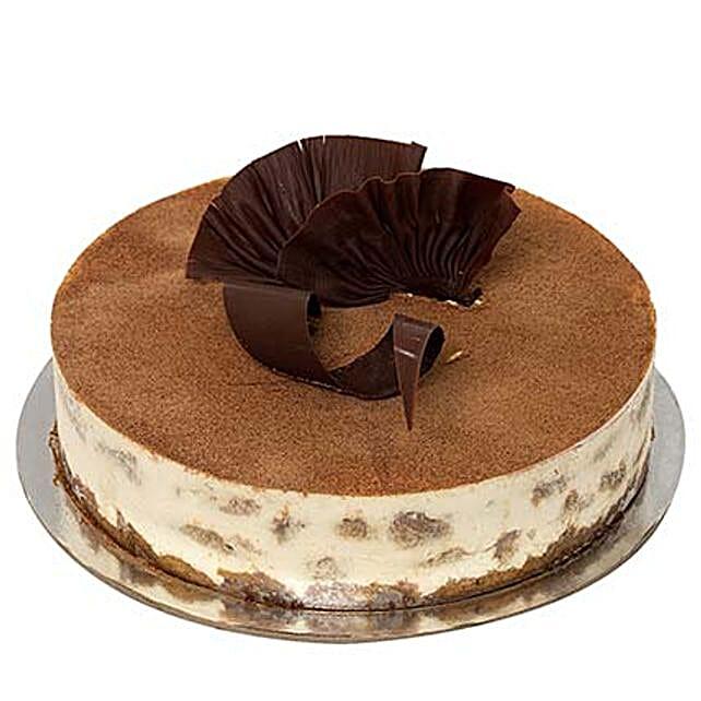 Special Tiramisu: Send Cheesecakes to UAE