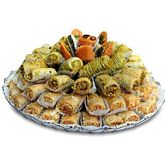 Baklava Extra Special: Dubai Gift Basket Delivery