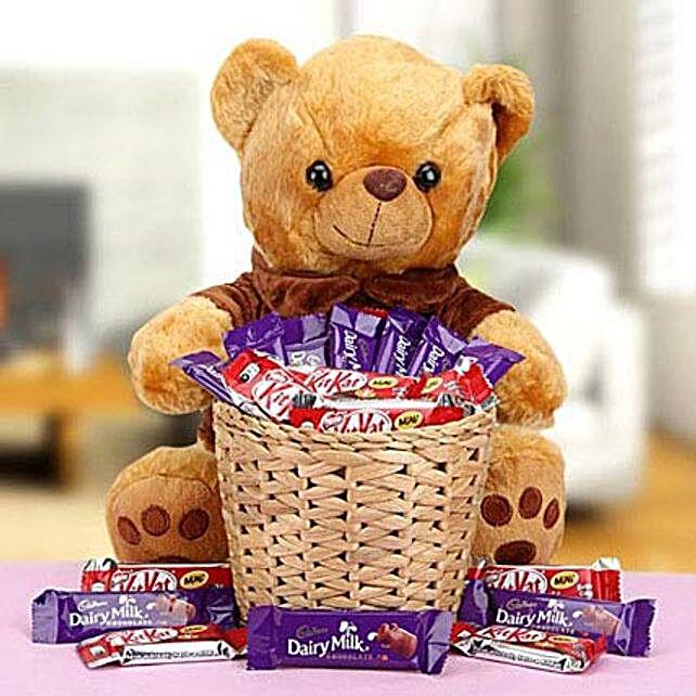 Delectable Basket: Dubai Gift Basket Delivery