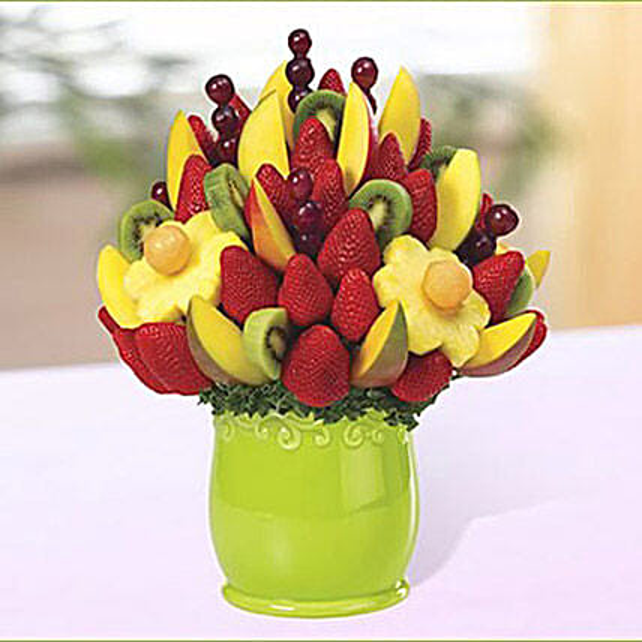 Mango Kiwi Blossom: Dubai Gift Basket Delivery
