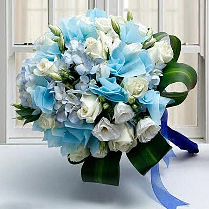 Moment Of Purity: Send Flower Bouquet to UAE