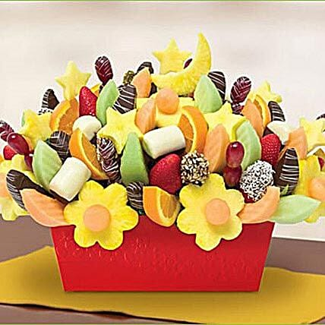 Suhoor Gathering Arrangement: Dubai Gift Basket Delivery