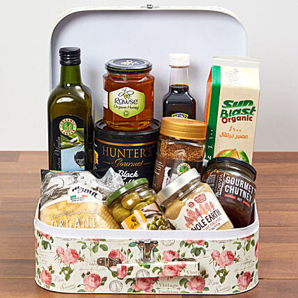 Suitcase Of Snacks: Gift Baskets to UAE