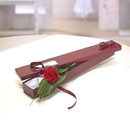 Perfection Gift Box: Roses