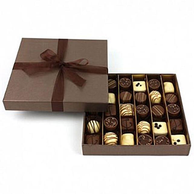 Chocolate Mania Selection Box: