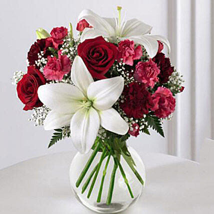Enduring Romance Bouquet: Send Valentines Day Flowers to USA