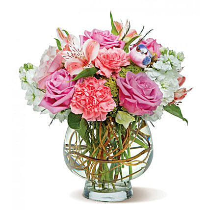 Pink Perfection: Send Roses to USA