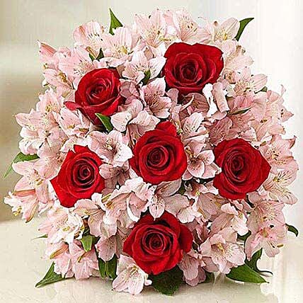 Lovely Bouquet: Send Valentines Day Flowers to USA