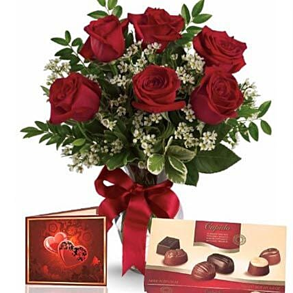Half Dozen Roses With Chocolates:Womens Day Gifts to Australia