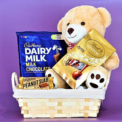 Kids Special Treats Combo:Gift Hampers to Australia