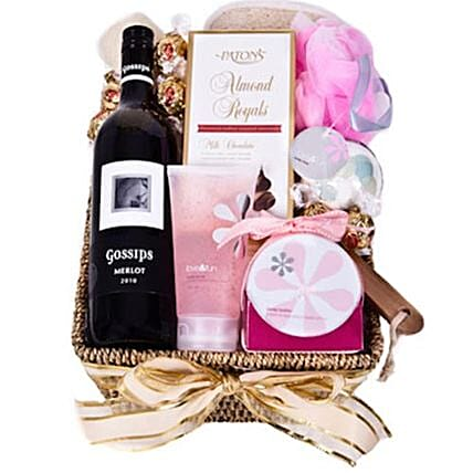 Pure Essence Valentines Hamper