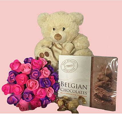 Teddy N Wooden Roses Combo:Send Valentines Day Flowers to Australia