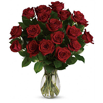 18 Red Roses Bouquet:House Warming Flower Delivery in Australia
