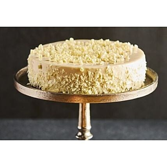 Vanilla Sponge And Raspberry Cake Delight