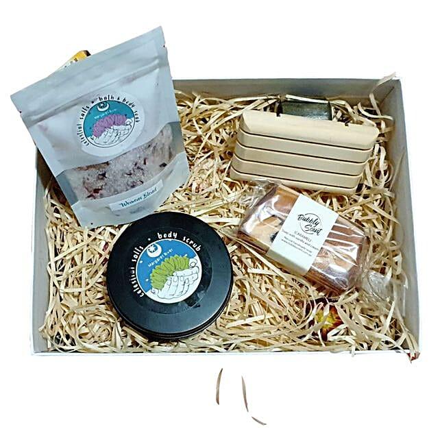 Bath N Body Hamper:Rakhi Gifts for Sister in Australia