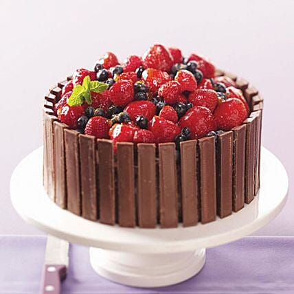 Chocolate Fruit Basket Cake