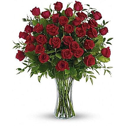 Big Luxurious Red Roses Arrangement:Roses Delivery in Canada