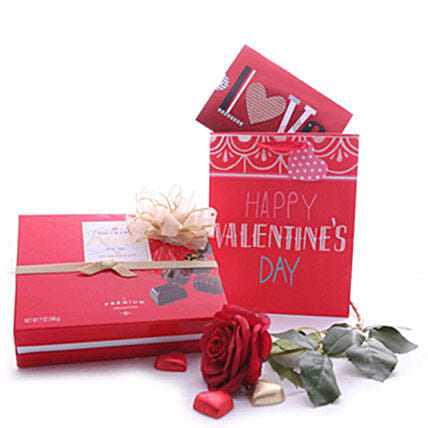 Chocoty Rose Surprise:Gift Baskets Delivery Canada