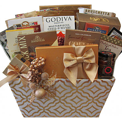 Majestic Holiday Celebration Basket For Christmas