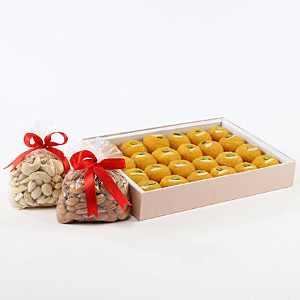 Sweet N Crunch Hamper:Send Dry Fruits to Canada